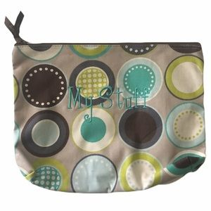 "Thirty-One ""My Stuff"" Zipper pouch large"